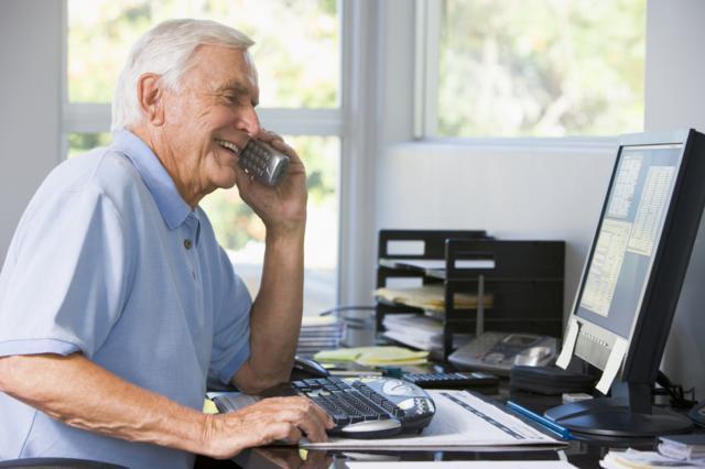 Об увольнении работника пенсионного возраста